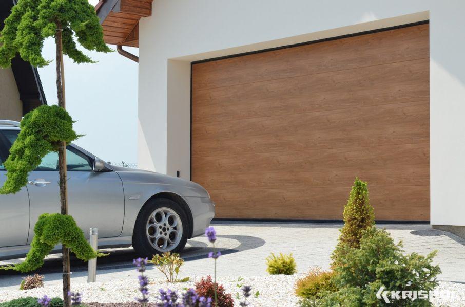 garagentore sektionaltor rolltor rollgitter industrie aus polen. Black Bedroom Furniture Sets. Home Design Ideas