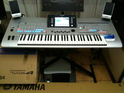 Yamaha Tyros 43 Arranger Workstation Keyboard
