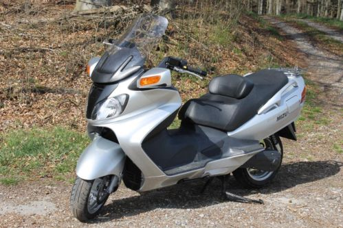 Roller/Scooter  Suzuki Burgman AN 650,  54 PS,