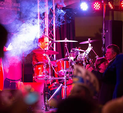 Party Band RiCHiES TWiNS Musik,Party,Hochzeitsband,Liveband,Tanzband,Showband,Coverband,Hochzeit